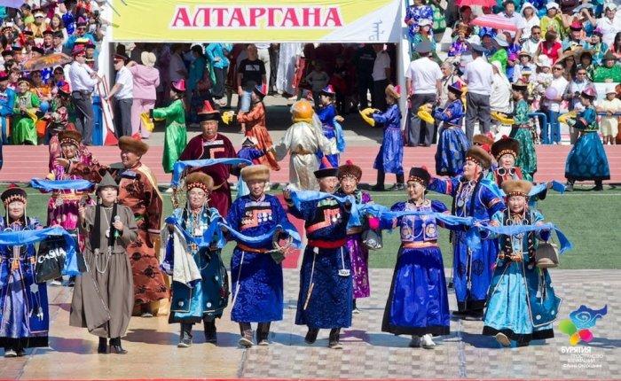 Бурятский национальный фестиваль «Алтаргана» собрал вИркутске неменее 5 тыс. человек