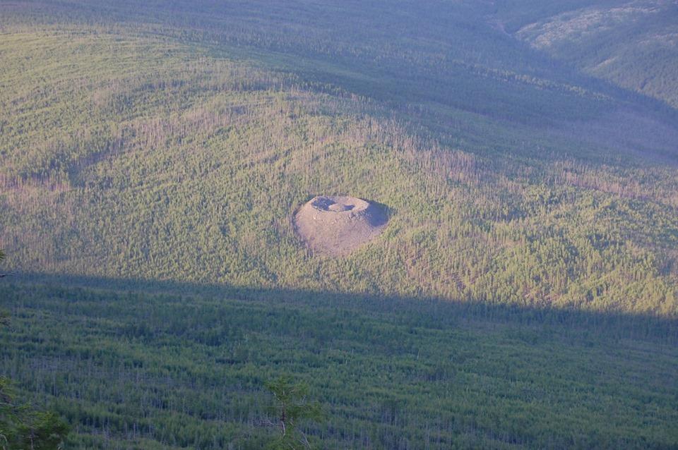 Патомский кратер – один из самых таинственных объектов на планете ...